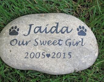 Personalized Pet Memorial Headstone Pet Memorial Gravestone Memorial Tombstone Gravestone Pet Stone Grave Marker 9-10 Inch