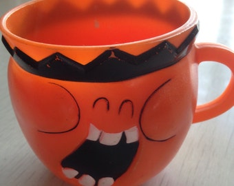 1970 Pullsbury Funny Face Jolly Olly Orange advertising cup