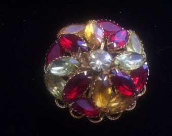 Vintage Rhinestone Pin.  Round Domed Brooch. 1960's. Red Gold Pale Green. Gold Tone Metal. Costume Jewelry. Evening Wear. Layered. Unsigned.