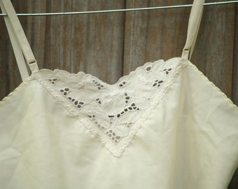 Ivory Cutwork Camisole // small //medium // basics //summer //spring // light // lingerie //adjustable straps
