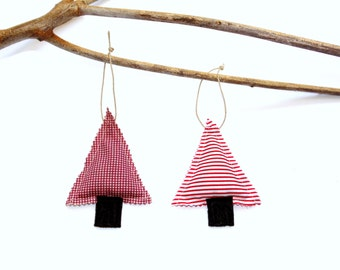 Two pine tree sachets, winter blend, balsam pine and cinnamon, plaid and stripes Christmas ornament, winter home fragrance, hanging sachets