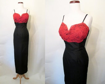 Glamours 1960's Extreme Hourglass Black Silk and Lace Cocktail Evening Gown Rockabilly VLV Pinup Girl Vixen Party Dress Size-Small