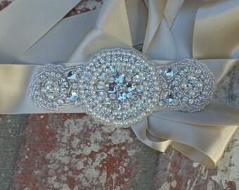 Rhinestone Wedding Belt,  Bridal Belt, Wedding Sash, Pearl Sash, Rhinestone Sash, Bridal Sash, Vintage Inspired Sash