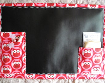 Chalkboard To Go travel chalkboard placemat - owls on red