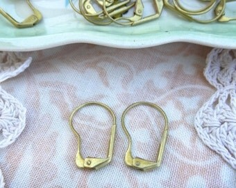 Vintage Brass Large Round Lever Back Earring Findings, 50 pieces, 25 pairs 3/4 inch  E5