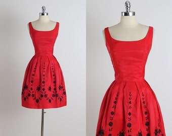 Holidazzle .  vintage 1950s dress . vintage party dress . 5113