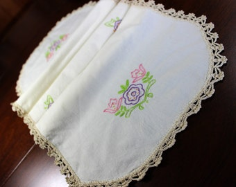 Embroidered Ecru Table Runner - Linen with Floral Motif and Crochet Edging 12757