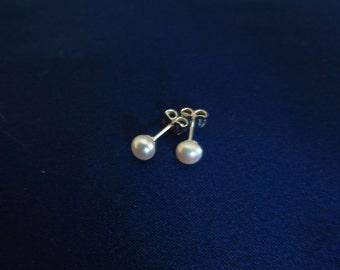 Freshwater Pearl earring sterling silver