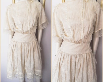 Vtg.80s Cream Lace Edwardian Style Lawn Dress by Mr Simon.Size Small.Bust up to 38.Waist 26.