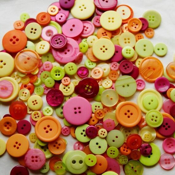 50 Button Mix,   FIESTA  Mix, Lime Green, Orange, Pink, Yellow, Burgundy, Assorted sizes, Sewing, Craft, Grab Bag (1342)