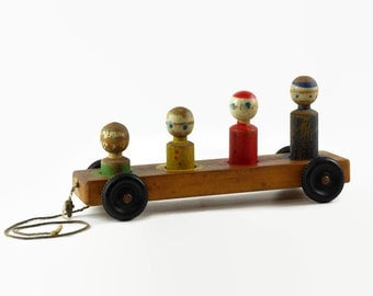 Vintage Wood Pull Toy, Hoge Toy, Peg Figure, Nursery Decor