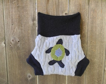 Upcycled Wool/Cashmere  Soaker Cover Diaper Cover With Added Doubler Blue With Sea Turtle  Applique MEDIUM 6-12M Kidsgogreen