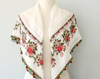 Vintage Turkish scarf Cherry print scarf Cotton summer wrap Boho shawl Oya Yemeni Yazma Crochet lace head scarf White and red unused scarf