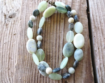 Lemon Jasper Green Agate and Serpentine Beaded Necklace