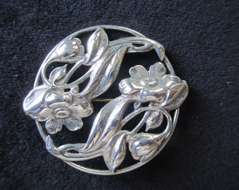 Vintage Mid Century Sterling Silver Dogwood Flowers Brooch Pin