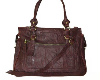 Rina Oversized. Distressed Leather handbag tote handbag cross-body bag in vintage mahogany brown fits a 17 inches laptop