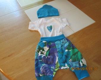 Baby outfit-Newborn-sz 0-3 months-Unique