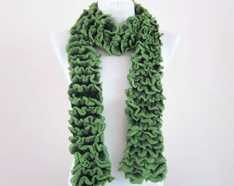 Knit Scarf, Frilly, Ruffle, Knitting Green Scarf, Winter Neck Wrap, Women Accessories, Chunky Neckwarmer, Knitted fashion scarves
