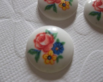 Vintage Decal Picture Stones - Three Flowers on White Retro Cameo -  18mm Glass Cabochons - Qty 3