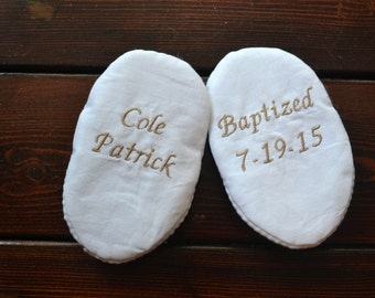 Personalized Name and Date Infant Baptism Crib Shoes - White Cotton - Baby, Christening, Slippers, Godson, Goddaugther gift, Keepsake