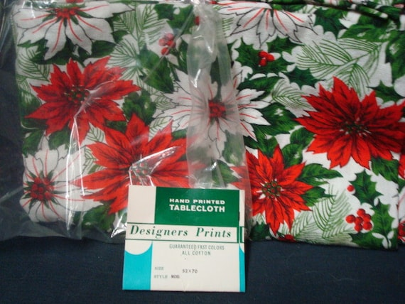 Items similar to vintage 1960s christmas tablecloth 52 x for Table runners 52 inches