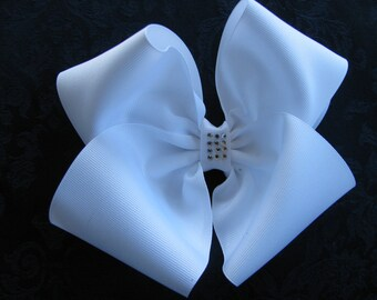 2900 large white boutique bow