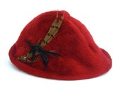 Vintage Tyrolean Hat, I. Magnin & Co Ranleigh, Red Faux Fur Feathers, Oktoberfest, Made in Czecholslovakia