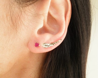 Minimalist Ear Cuff, 14k Solid Gold Ear Cuff, Silver Ear Cuff, Curved Ear Crawler, Ear Climber, Wedding Studs, Simple Ear Cuff, Gold Jewelry