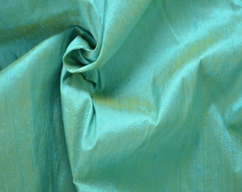 Silk Dupioni Dreamy Blue  with yellow shimmer - Fat quarter -D 297