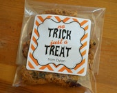 Personalized Cellophane Bags with labels : Cookie or Candy Bags - Halloween Favor - Set of 24