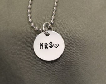 Simple. Mrs. Necklace.