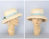 CLEARANCE SALE // 60s woven cello straw sun hat - grosgrain ribbon bow / Amrose - New York / vintage 1960s - mint green