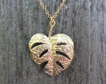 Gorgeous gold leaf necklace
