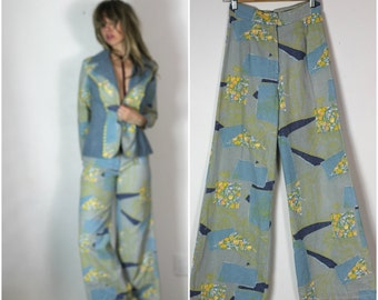 Denim Suit Vintage 60s Blazer Jacket Wide Leg Jeans Hippie Boho Ensemble Patchwork Flower Child Print Pant Suit Canadian Tuxedo