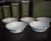 Vintage Corelle Crazy Daisy cereal or salad bowls or Spring Blossom in excellent condition - set of 4