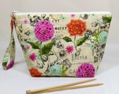 Knitting Project Bag - Medium Zipper Wedge Bag in Floral Fabric with Pink Cotton Lining