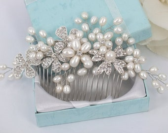 Avery - Vintage Style Freshwater Pearl and Rhinestone Crystals Wedding  Comb