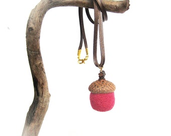 Gift for her under 15 Pink Wool felt acorn pendant Needle felted acorns Spring jewelry Woodland jewelery Wrist decor
