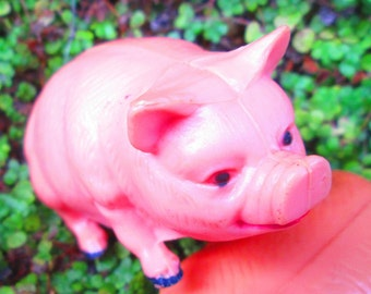 Collection of Miscellaneous Toy Pigs.  Large Pigs, Little Pigs, Plastic Pigs, Rubber Pigs.  For Play, Display, Arts, Crafts, Steampunk Y-329