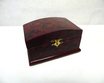 Oriental Jewelry Box Lacquered Wood
