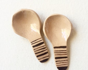 patterned ceramic spoons Tiger Striped