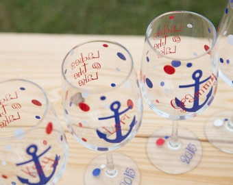 Anchor wine glasses, 1 bridesmaids gift wine glasses, nautical themed wedding or Bachelorette favor. Boat anchor glasses. Lake glasses.