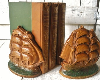 Vintage bookends sailing ships schooners Constitution Syroco resin brown green 1960s