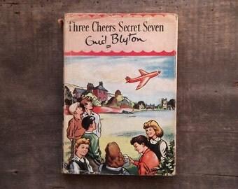 Secret Seven Adventure Three Cheers Secret Seven by Enid Blyton 1960s children's book.