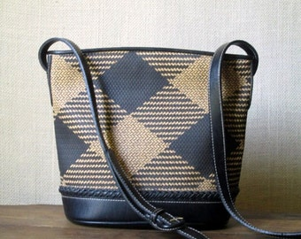 Crossbody Bucket Bag vintage 80s 90s crossbody vegan bag long strap purse faux leather woven texture black tan buffalo plaid straw like