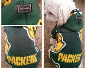 Green Bay Packers Football Official Fleece Hoodies Sweater for Small breeds Dogs Size S.M.L.XL.XXL (pls check the size before order)