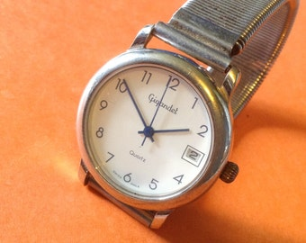 Gigandet Vintage Midsized watch Swiss made Wrist Watch beautiful watch runs great!