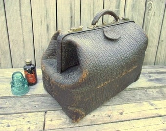 Antique Leather Doctors Bag - Steampunk Valise Weekender Carry On - Belber Traveling Goods - Train Case - RARE BIG - Textured Brown Leather