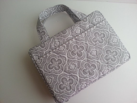 Pattern For Book Cover With Zipper : Quilted zipper bible cover in taupe gray cross pattern custom