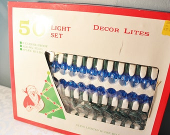 Retro Vintage Christmas Tree Light String Multi Colored Bulbs and Flower Reflectors
